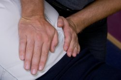 Chiropractor in Indianapolis offers spinal adjustments